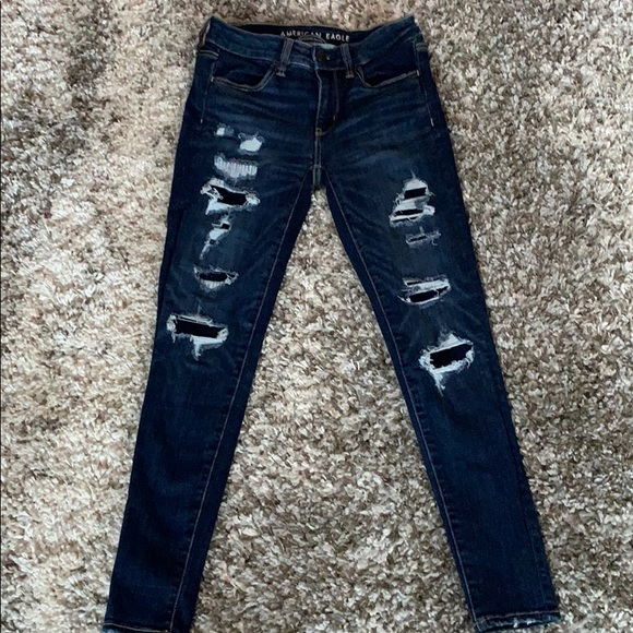 American Eagle Distressed low rise jegging jeans
